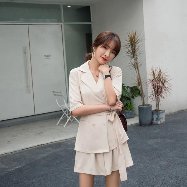 【預購7.26IBV】921韓版寬鬆系帶西裝套裝(杏色)