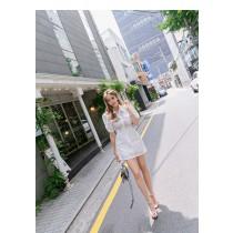 【現貨6.99IBV】韓國 設計感 收腰鏤空連衣裙 (白)